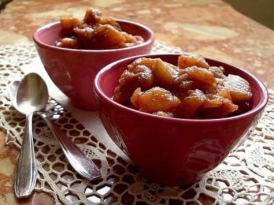 Compote de pommes à la cannelle :: vegan