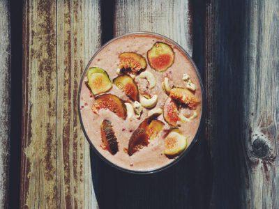 Smoothie bowl aux figues